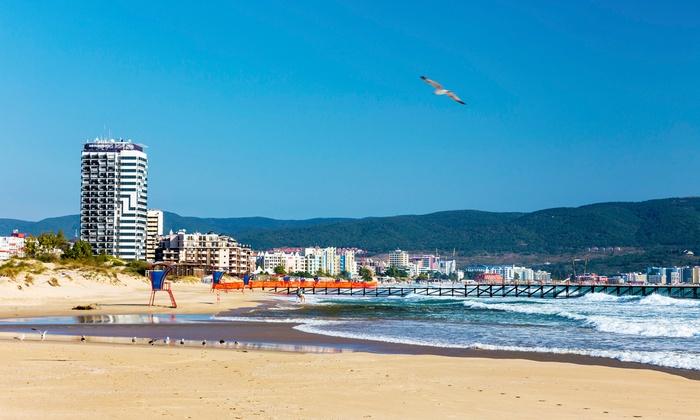 Grupa Plus Sp. z o.o. - Grupa Plus Sp. z o.o.: Bułgaria-Złote Piaski: przedpłata na 10-dniowe wakacje dla 1 osoby, 7 nocy w hotelu ze śniadaniami, transport i więcej