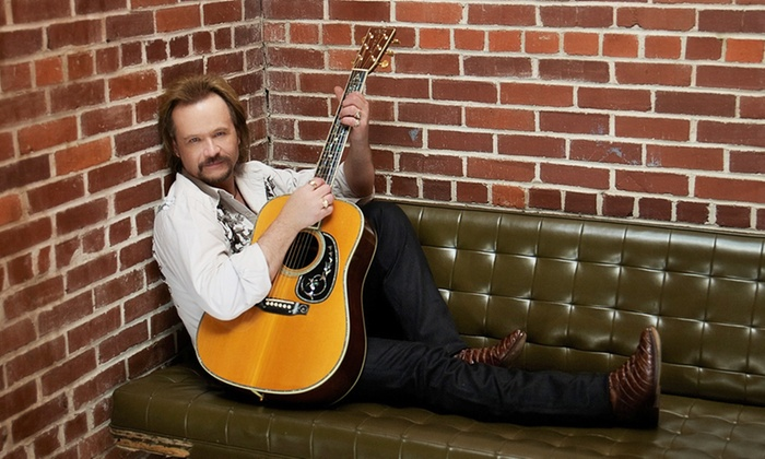 Travis Tritt - Lerner Theatre: Travis Tritt on Saturday, February 13, at 8 p.m.