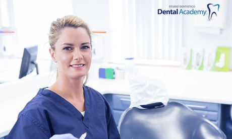 Image of Impianto dentale o buono sconto fino a 1600 € per protesi mobile da Dental Academy (sconto fino a 90%)