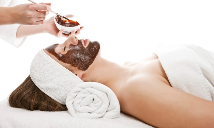 Oasis Beauty & Wellness - Pembroke Falls: Chocolate Facial- or Deep Pore Cleansing-Package with Wine at Oasis Beauty & Wellness (Up to 52% Off)
