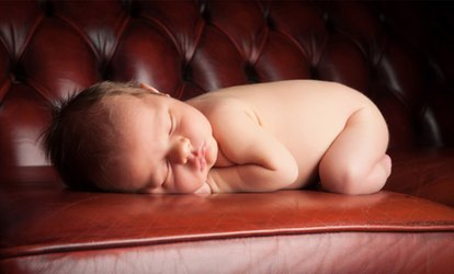 Newborn Photoshoot With Framed Print for £12 at Delamotte Studio