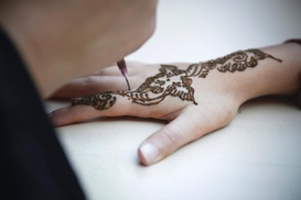 World Henna: $10 Off Purchase of Henna Hand Tattoo at World Henna