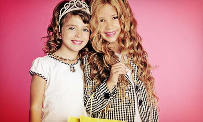 Flaunt Boutique - Apex: $125 for a Diva Birthday Party for Up to 10 Girls at Bad Poodle from Flaunt Boutique ($250 Value)