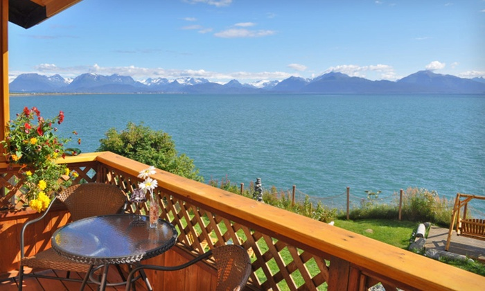 Homer Inn & Spa - Homer: One- or Two-Night Stay in a Mini-Suite with Welcome Package at Homer Inn & Spa