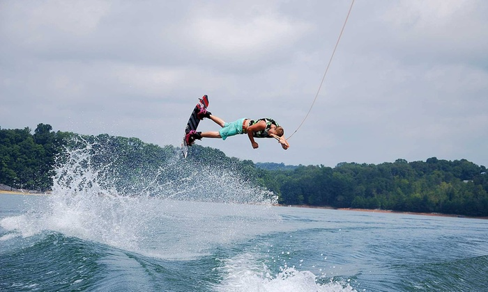 Smoky's Wake-n-Lake - 7: $138 for Up to Two Hours of Wakeboarding Lessons for Group of 4 from Smoky's Wake-n-Lake ($276 Value)