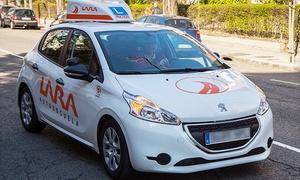 oferta: Curso para obtener el carné de coche con matrícula, material y 12 prácticas para 1 o 2 desde 69 € en Autoescuela Lara