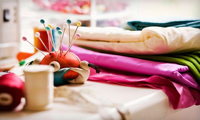Sew E-Z Too - Northtown: $20 for a Three-Hour Wristlet-Sewing Class at Sew E-Z Too ($45 Value)