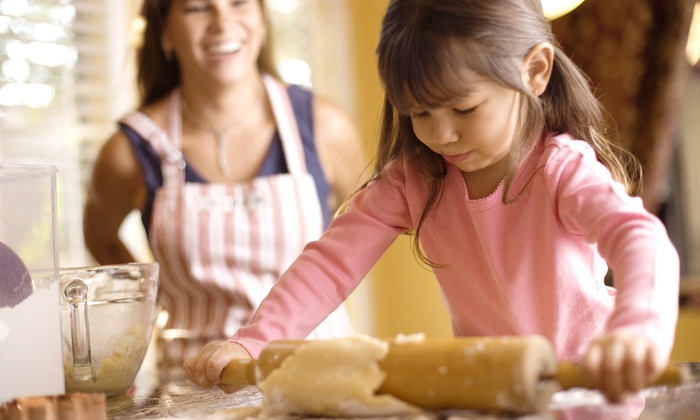 Pied Piper Parties & Playschool - Lakeview: One or Three Days of Kids' Cooking Camp at Pied Piper Parties & Playschool (50% Off)