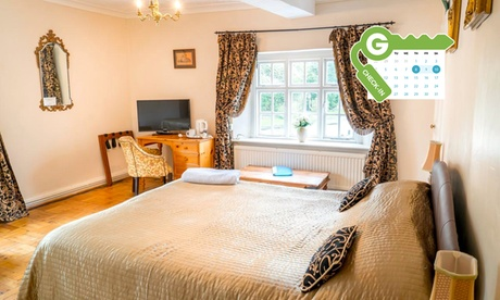 Cheshire: Standard or Superior Double Room with Breakfast, Wine and Late Check-Out at Wincham Hall Hotel