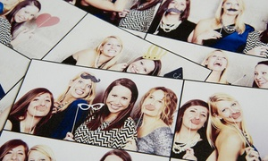 LOVE STORIES: Desde $2149 por alquiler de photobooth de 3 o  5 horas con impresión en LOVE STORIES