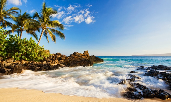 Hawaii Vacation with Airfare from Travel By Jen - Waikiki and Maui: 7-Night Hawaii Stay with Airfare. Includes Taxes and Fees. Price Per Person Based on Double Occupancy.