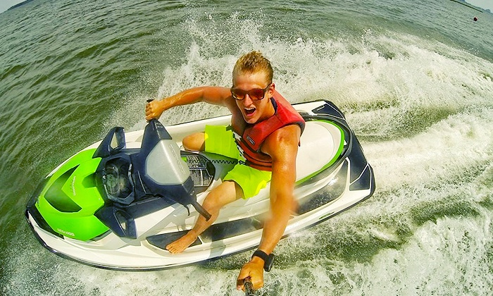 Paradise Watersports - West Ocean City: $89 for a One-Hour Rental of Two Jet Skis for Up to Six People at Paradise Watersports ($180 Value)