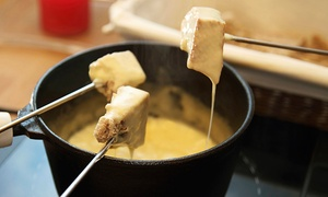 Alpenhaus: Repas trois services pour 2 ou 4 personnes au restaurant suisse Alpenhaus (jusqu'à 61 % de rabais)