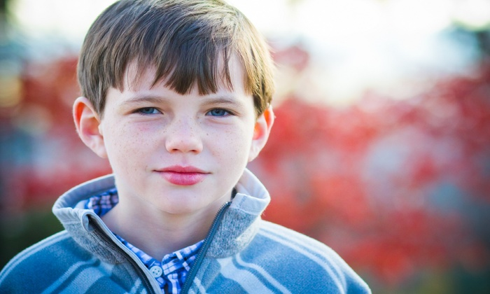 Ernestography - Multiple Locations: $24 for an Outdoor Photo Shoot from Ernestography ($79 Value)