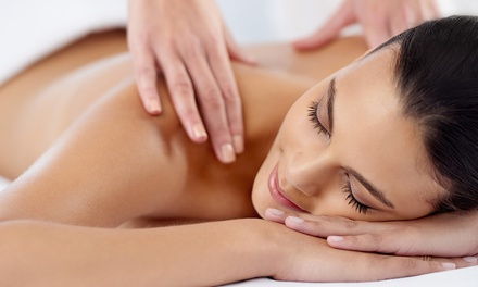 Full-Body Massage at Peppermint Salon
