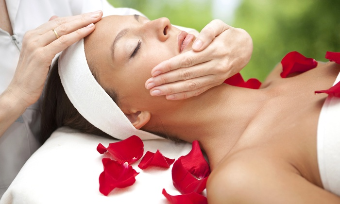 Body and Care Spa - Rego Park: 60-Minute Swedish or Aromatherapy Massage Session with 60-Minute Facial Option – Body and Care Spa (Up to 49% Off)
