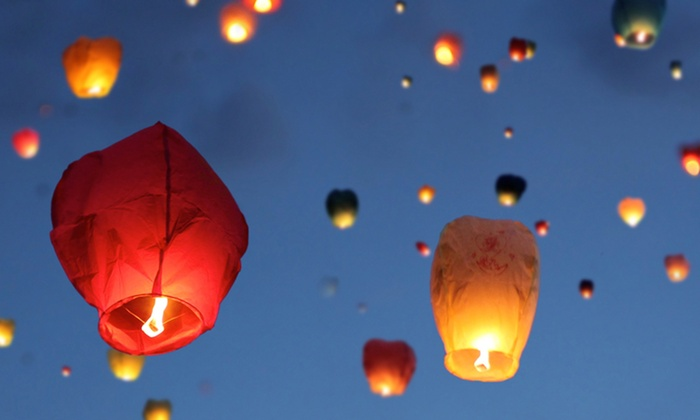 Chinese Sky Lanterns: Chinese Lanterns from Chinese Sky Lanterns (Up to 61% Off). Two Options Available.