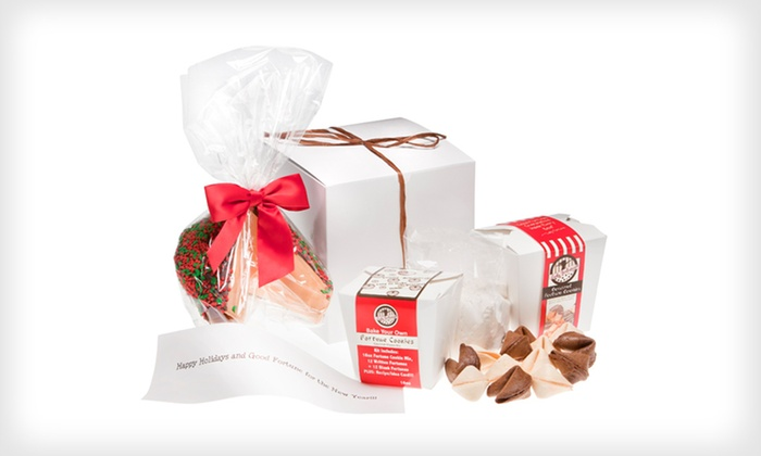 Personalized Giant Fortune Cookie Holiday Gift Set: $29 for a Fortune-Cookie Holiday Gift Set with a Giant Personalized Fortune Cookie ($59.99 List Price). Free Shipping.