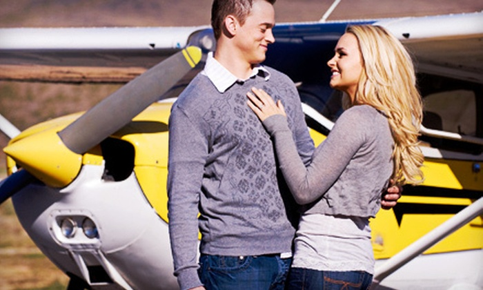 Encore Flight - Northridge: $159 for a 60-Minute Scenic Flight Over Los Angeles with Champagne for Two from Encore Flight ($410 Value)
