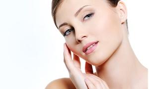 Actúal Láser Vitoria: Limpieza facial con mascarilla de carbón y oro con opción a masaje o a peeling desde 19,95 € en Actúal Láser Vitoria