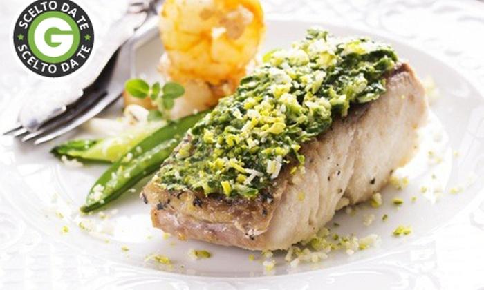 Al Pescatore - Al Pescatore SRL: Al Pescatore - Menu di pesce nel cuore del Borghetto dei Pescatori a 39 € invece di 126