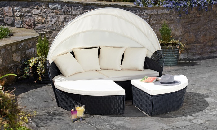 Rattan-Effect Sun Island with Optional Cover