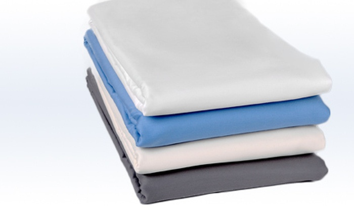 CoolMax Sheet Set: CoolMax Four-Piece Queen or King Sheet Set (Up to 80% Off). Four Colors Available. Free Shipping.