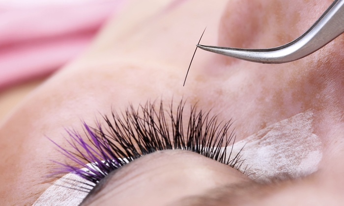 Harper and Olive - Green Hills: $89 for a Full Set of Eyelash Extensions at Harper and Olive ($250 Value)