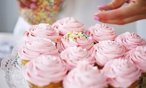 Törtchen Traum: 2,5 Stunden Cupcake-Workshop inklusive Begrüßungssekt für 1 oder 2 Personen von Törtchen Traum (bis zu 52% sparen)