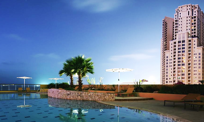 Idle Along The Famous Restaurant And Ping Strip Known As Walk Jumeirah Beach Residence Jbr