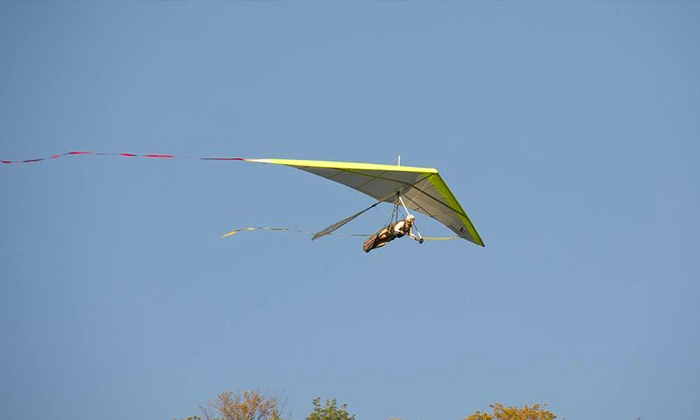 Morningside - Charlestown: $75 for One Intro to Hang-Gliding Flight and Lesson at Morningside ($145 Value)