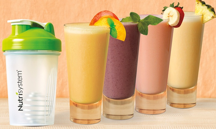 Nutrisystem: $34.99 for a 28-Pack Fruit-Smoothie Variety Sampler with Shaker Bottle from Nutrisystem ($69.99 Value)