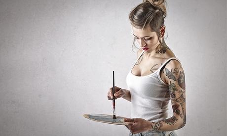 Paga 19,90 € y obtén un descuento de 110 € en un tatuaje en negro o en color