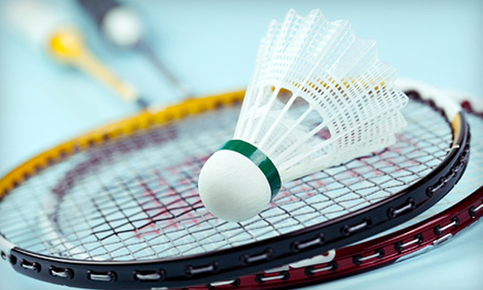 Badminton Vancouver - Bridgeport: Badminton for Four or Six with Racket Rentals and One Cafe Starter at Badminton Vancouver (Up to 60% Off)