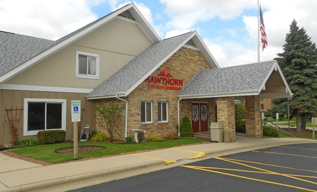 Hawthorn Suites by Wyndham Green Bay - Green Bay, WI: Stay with Optional Pizza at Hawthorn Suites by Wyndham in Green Bay, WI. Dates Available into February.