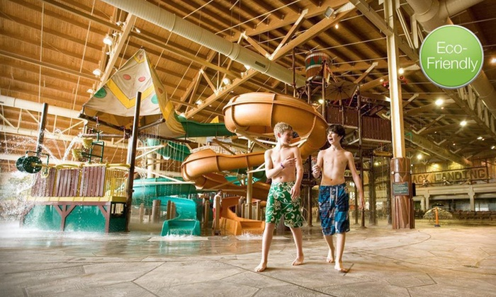 Great Wolf Lodge Grand Mound - Centralia, WA: Two-Night Stay with Six Water-Park Passes and One Lunch for Six at Great Wolf Lodge Grand Mound in Centralia, WA