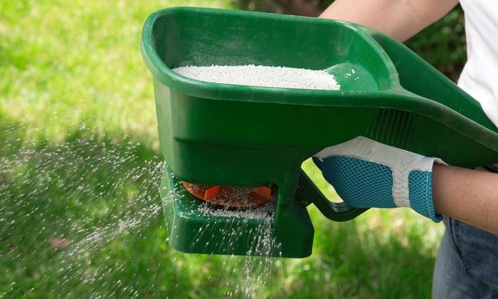 Modernscapes - Windsor: Up to 70% Off Fertilizing & Weed Control at Modernscapes