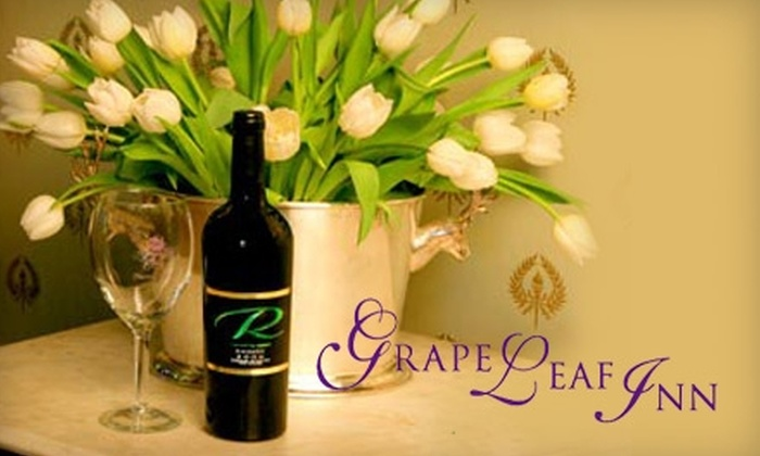 Grape Leaf Inn - Healdsburg: $197 for a One-Night Stay for Two at Grape Leaf Inn in Healdsburg, a Bottle of Premium Wine, and Tastings at Five Wineries (Up to $421.50 Value)