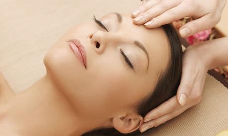 Sesión de ritual facial japonés con mascarilla limpiadora y drenaje linfático facial por 16,95€ en Un Toque a Tu Esencia
