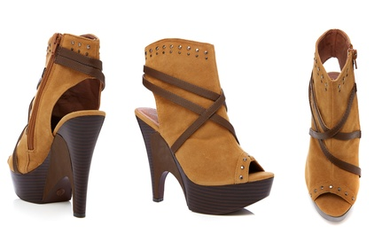 Gomax Guista-08-P Camel Suede Heels | Brought to You by ideel