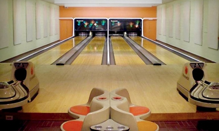 Palwaukee Lanes - Chicago: $182 for a Bowling Party for Up to 40 People at Palwaukee Lanes in Wheeling (Up to $520 Value)