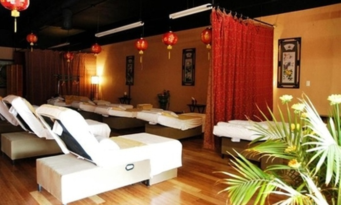 Happy Feet Foot Massage - Pasadena: $22 for a Signature Relaxation Package and Milk Foot Soak at Happy Feet Foot Massage in Pasadena ($45 Value)