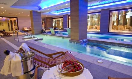 Circuito spa para 2 con acceso a la piscina exterior y té o comida bufet con bebida desde 24,90 € en Holiday Polynesia