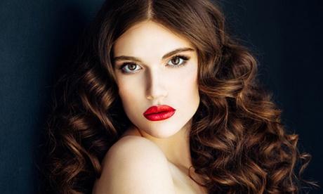 Pacchetto bellezza con piega, maschera e sedute alla cheratina al salone Hair Fashion Claudì (sconto fino a 81%)