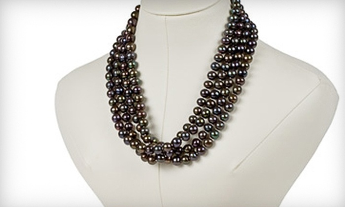 Wyatt Austin Jewelers - Schaumburg: $130 for a Black Pearl Necklace at Wyatt Austin Jewelers in Schaumburg ($260 Value)