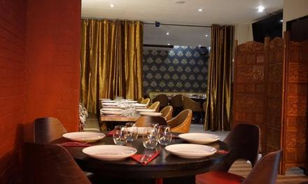 Menú hindú para 2 o 4 personas a elegir entre 2 opciones en Sri Annapurna Restaurant (hasta 53% de descuento)