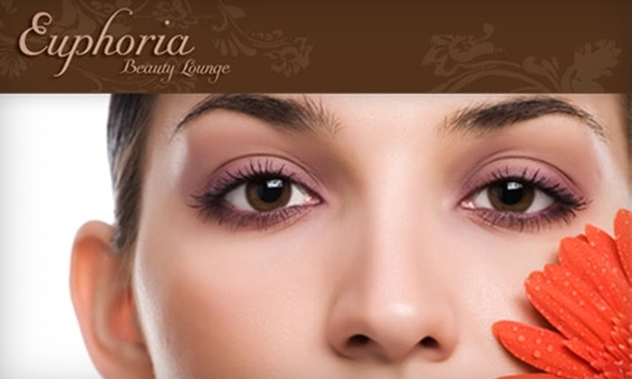 Euphoria Beauty Lounge - Murray Hill: $45 for Your Choice of Facial (Up to $95 Value) or $79 for Eyelash Extensions ($195 Value) at Euphoria Beauty Lounge