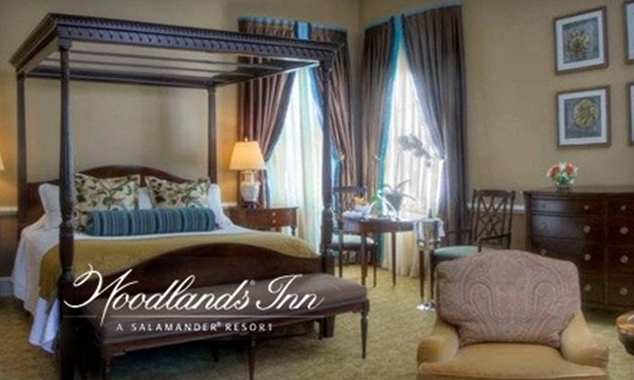 Woodlands Inn - Summerville: $180 for One-Night Stay, Bottle of Champagne, and Breakfast at Woodlands Inn in Summerville (Up to $390 Value)