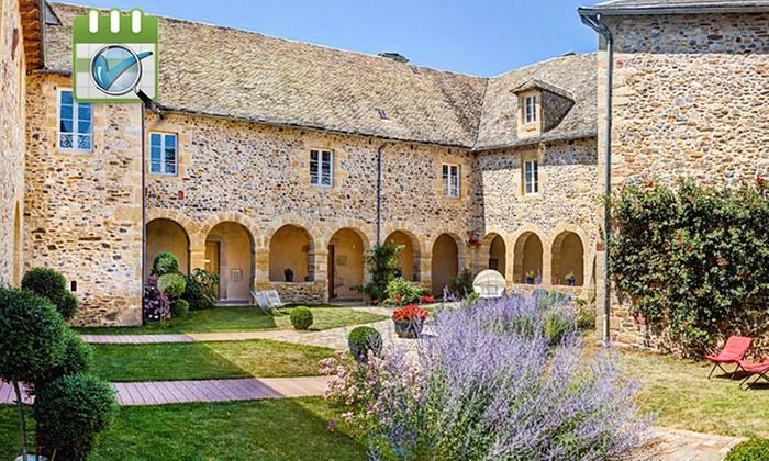 Relais du Silence - Château de la Falque - Relais du Silence Château de la Falque: Midi-Pyrénées:Séjour au Relais du Silence Château de la Falque avec Spa, modelage et bain multijets dès 79€/nuit pour 2
