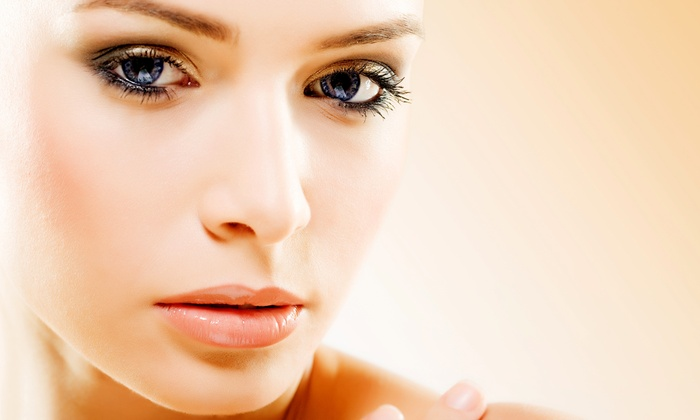 BOD Cosmetic Surgery - Coral Way: Four or Six Microdermabrasion Treatments with Collagen Masks at BOD Cosmetic Surgery (Up to 55% Off)